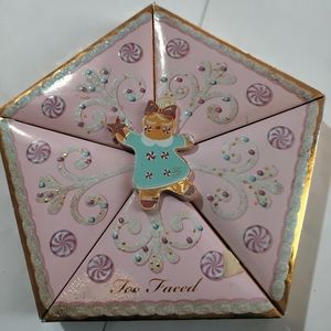 Too faced christmas star limited edition palette!